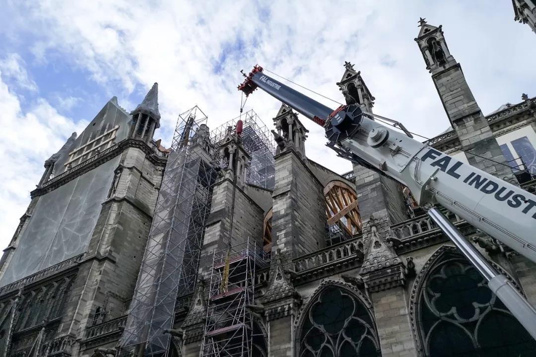 中法将开展巴黎圣母院修复和兵马俑保护合作