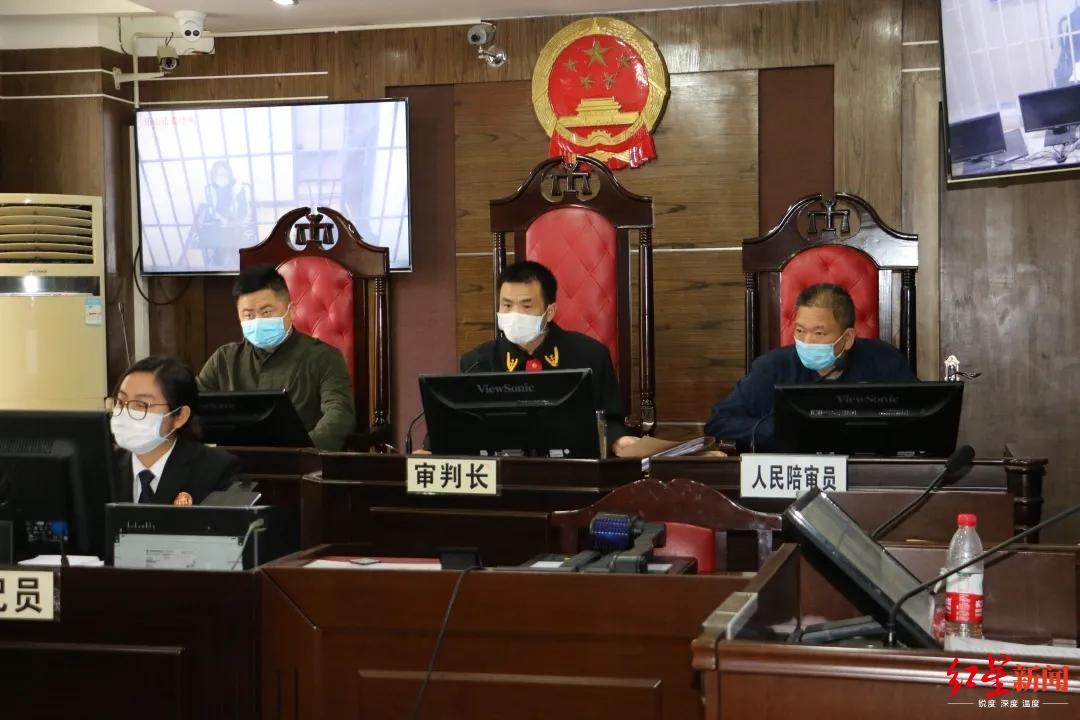香港一网上社交平台现杀警攻略 警方拘捕1名群组管理员