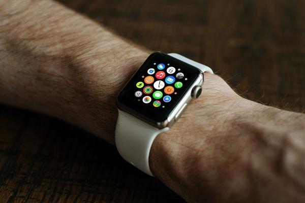 aplle watch第三代 蘋果手表打算用圓形表盤
