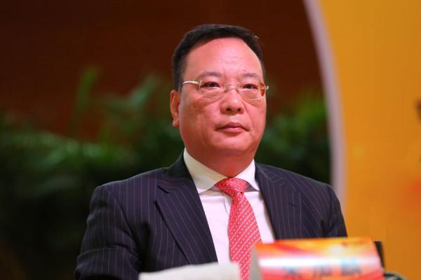 刘铭诚:金油彷徨备战美盘 黄金原油走势分析操作策略