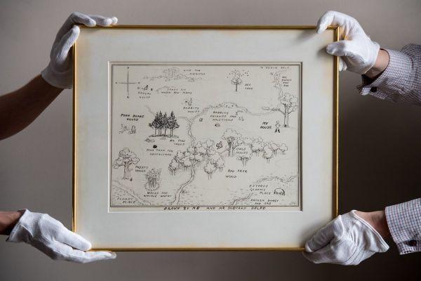 英媒:小熊维尼百亩林原版地图拍出43万英镑天价