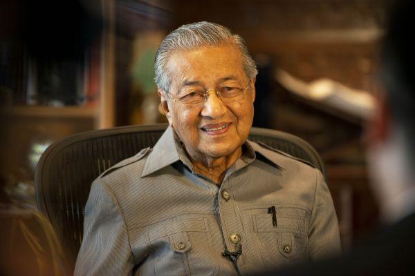 马来西亚总理马哈蒂尔 新华社发