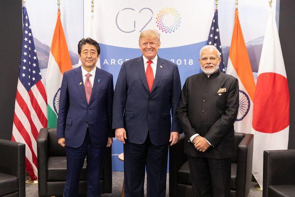 G20峰会:美日印三国领导人举走三边座谈。