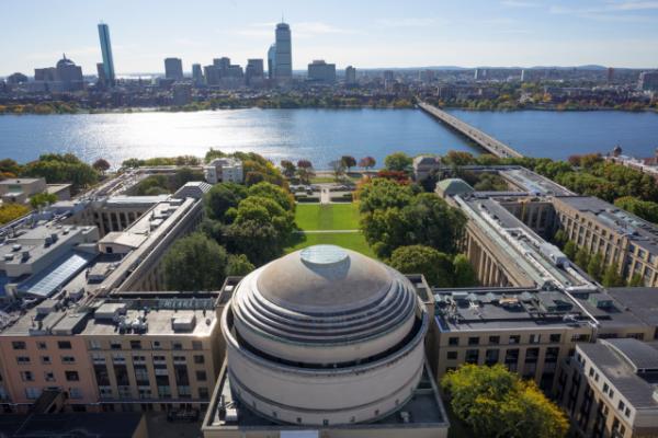 图为美国麻省理工学院校内一景 图片来自麻省理工学院网站