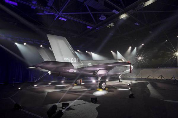 资料图:韩国空军首架F-35出厂仪式。(洛克希德-马丁公司网站)