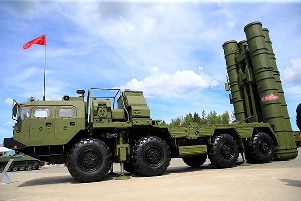 土耳其国防部:最早于12月部署俄罗斯S-400导弹