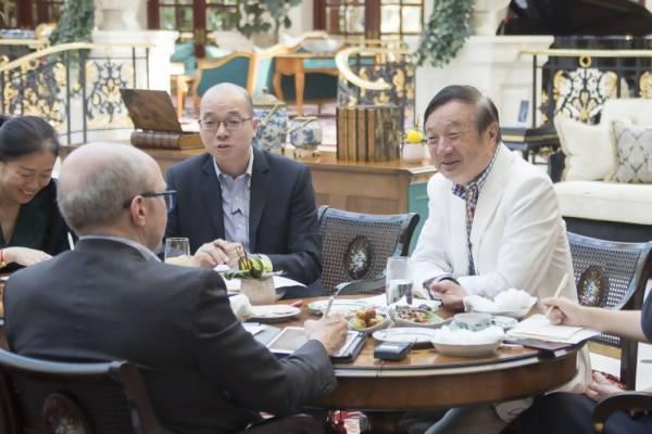 韩正会见俄罗斯副总理科扎克:双方企业要互利共赢