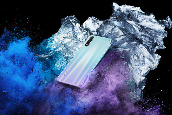 iQOO Neo 855版真机图放出 采用蓝紫撞色+4500mAh电池