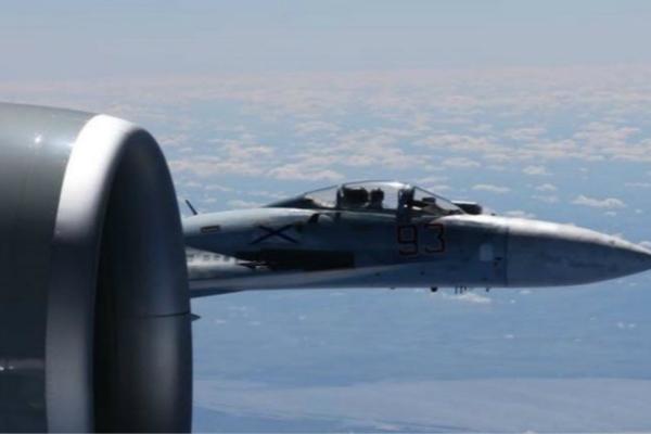 1周内12架外国飞机逼近俄边界 俄军机实施4次拦截