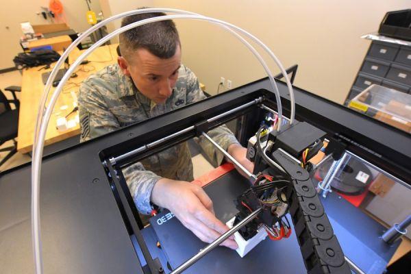 3D打印制作训练弹 帮助美空军降低训练成本