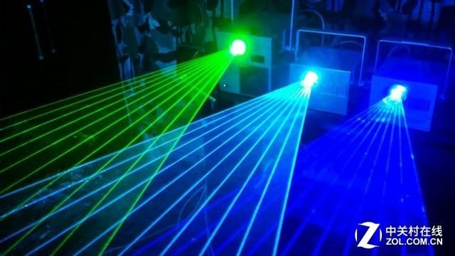 绿色激光的光电转化效率也没有蓝色激光高