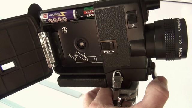 佳能当年推出的8mm摄像机,非常小巧