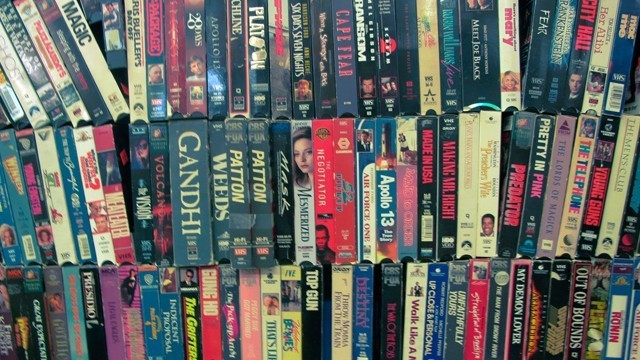 笔者可以肯定的说,国内应该没多少人看过正版VHS录像带