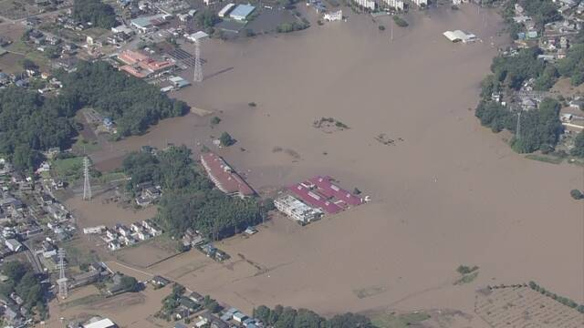 琦玉县川越市一家特殊养老院被水淹没 。(图源:《读卖新闻》)