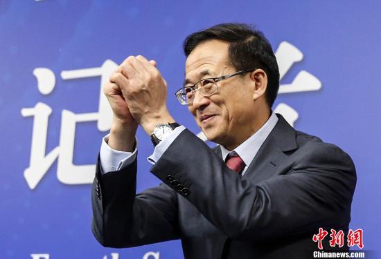 图为刘士余。 中新社记者 张浩 摄