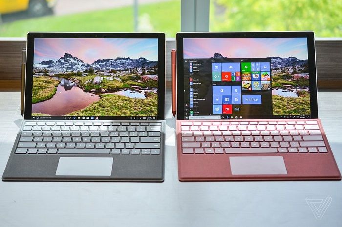 调戏苹果:微软称喜欢USB-C接口的人,肯定也爱带各种转换器的照片