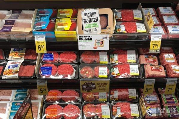 获盖茨投资的人造肉公司产品开始在超市上架了的照片
