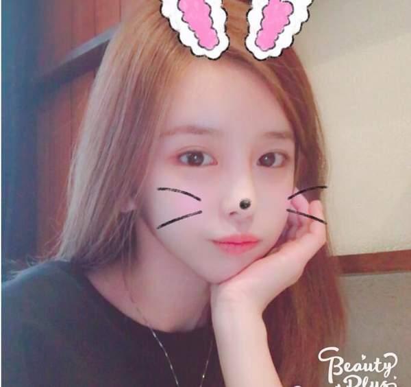 韩国第一女主播尹素婉微博发新照 真要签约斗鱼? 娱乐八卦 第3张