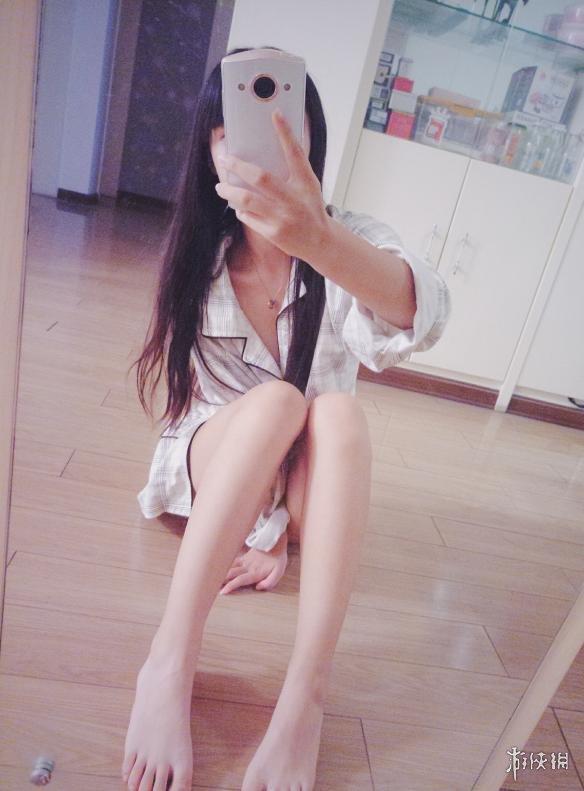 偷拍自拍御姐_每日福利送不停 御姐萌妹自拍甜美可人丝袜一级棒!