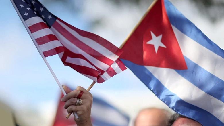 美国驱逐2名古巴驻联合国外交官。(图源:CNN)
