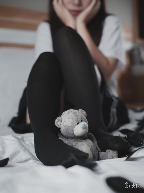 黑丝爱爱????_每日福利送不停 性感大姐姐的黑丝美腿一起过周末!
