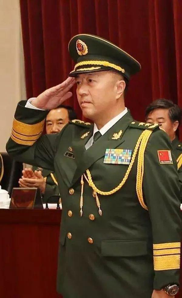 刘振立少将_9个月来此战区5位将军变动 陆海空司令均获提拔 陆军 空军 济南 ...