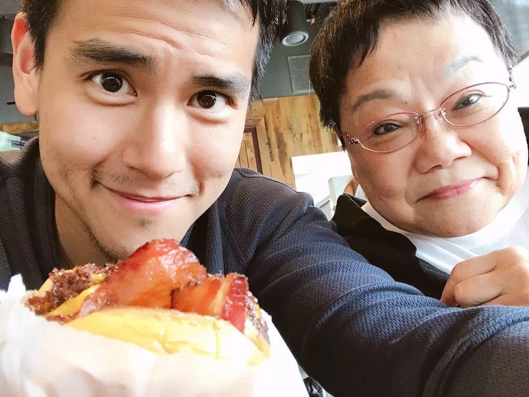 彭于晏自拍_你老公彭于晏 instagram最热门的照片
