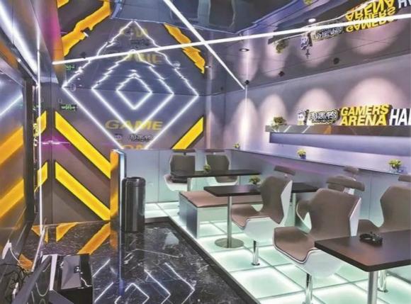 周黑鸭为吸引电竞玩家上门 在深圳开电竞乐玩主题店