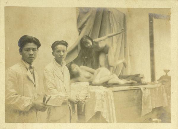 人体艺术爱人体看人体_照片背题:十六年冬于上海新华艺术大学人体教室内所摄 浩哥存之 1927