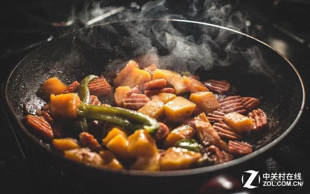 重油烟的中国厨房应该怎么选择油烟机?