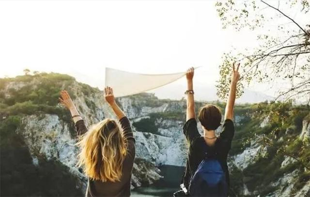 旅行达人的福利来啦,有了这几款旅行神器,让你的旅途轻松又惬意