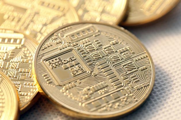 比特币一年跌八成 币圈瘫了区块链或将归于理性
