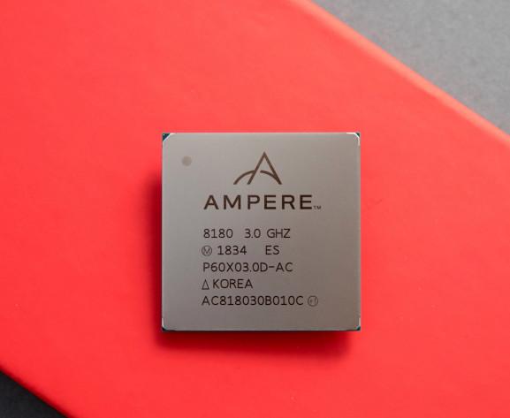 英特尔前高管芯片公司发布新款服务器芯片:ARM架构