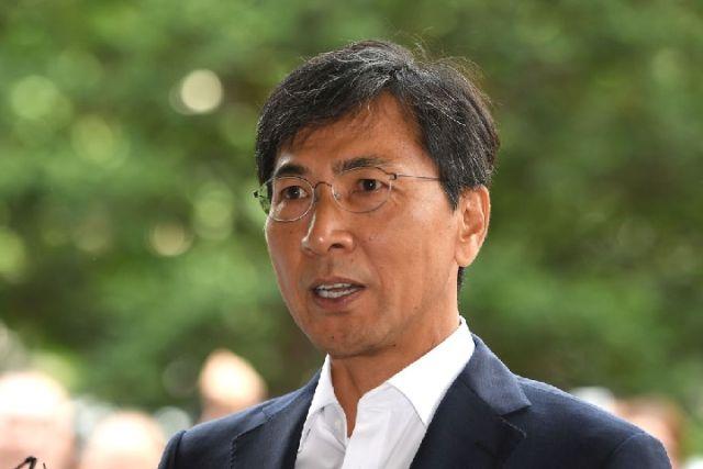 2018年8月14日,韩国首尔,安熙正接受记者采访。(新华/法新)
