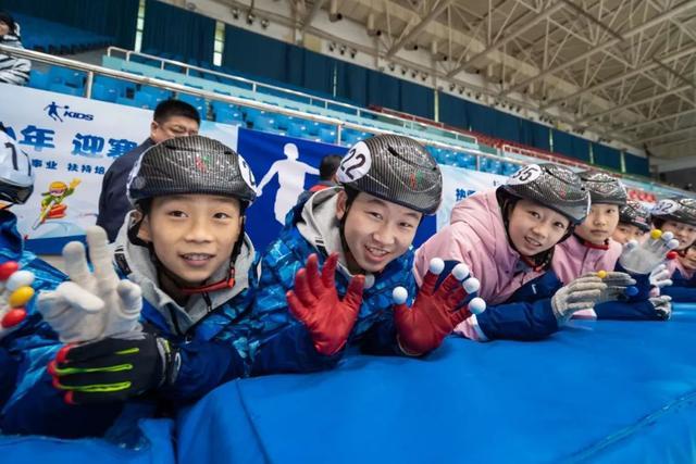 乔丹体育为热雪筑梦 以体育精神燃动青春