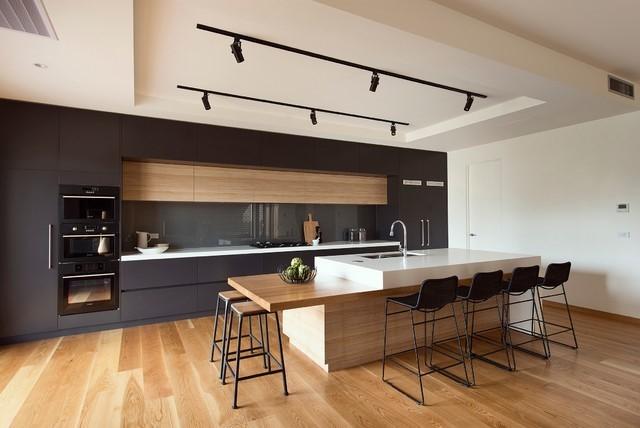厨房对我们家庭环境影响最大