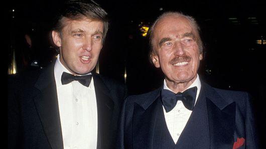 美国现任总统(左)和父亲弗雷德(来源:《纽约时报》)