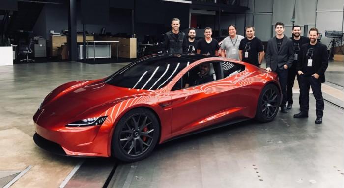 特斯拉量�a版Roadster超�跑���于原型