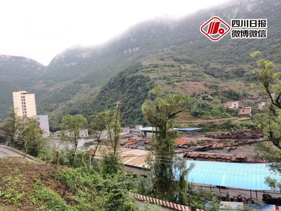 揪心!泸州古蔺煤矿顶板垮塌致4死1伤,还有2人全力搜救中!