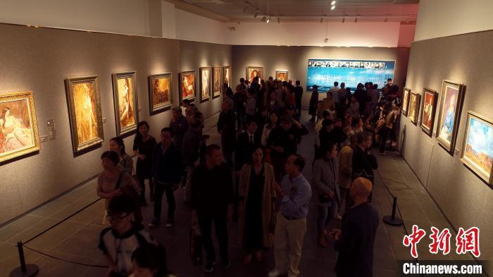 16位旅美中国画家长沙办写实油画联展