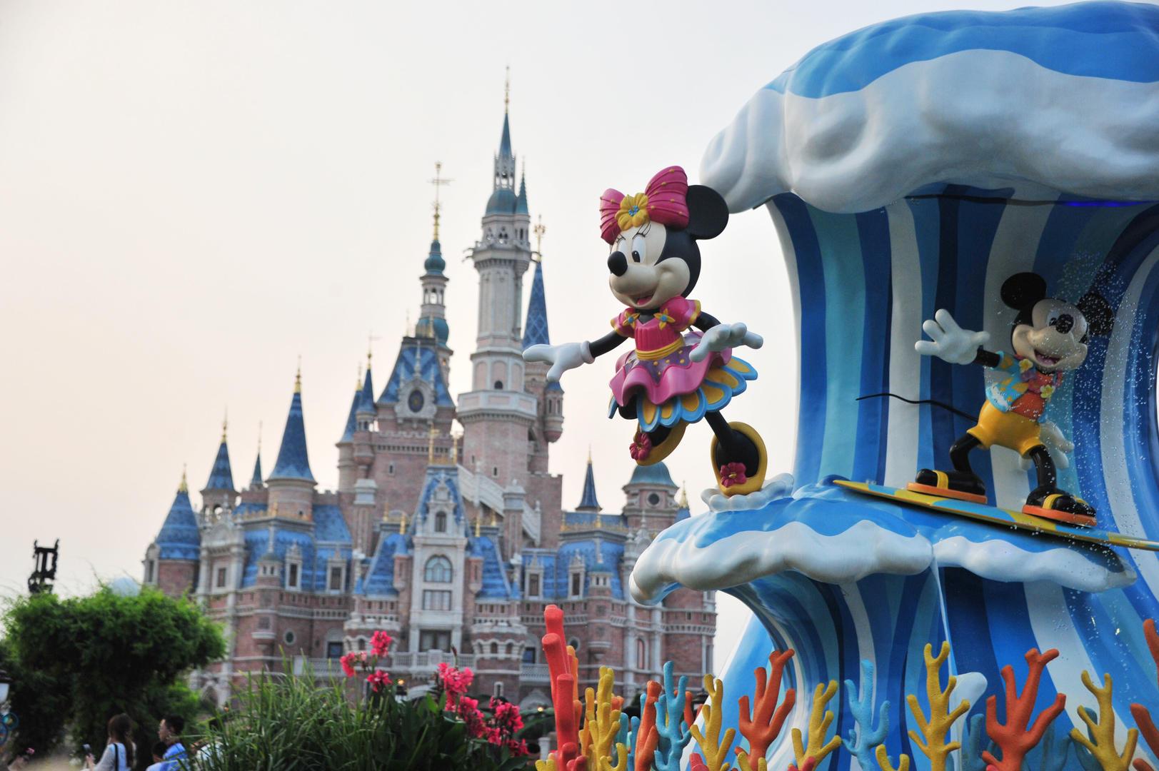 迪士尼堅持翻包 迪士尼雙標做法歧視亞洲?
