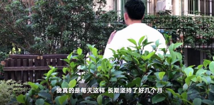遭裸照威胁女生自杀追踪:涉事男生称长期被骚扰 涉事
