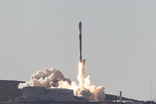 一箭64星!SpaceX周一顺当在添州发射一枚猎鹰9号火箭