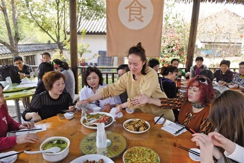 居民消费:北上深居住消费占三成 广州成都爱美食