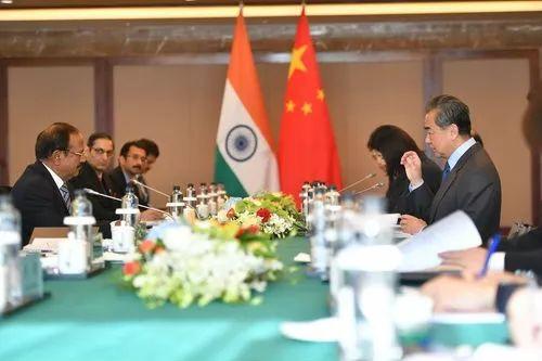 ▲2018年11月24日,中印边界问题特别代表第二十一次会晤在四川成都举行。(图片来自外交部网站)