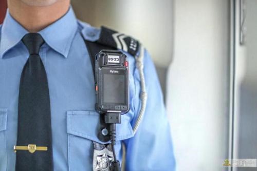 配备随身摄录机成效佳 澳门警察将装备扩展至多部门