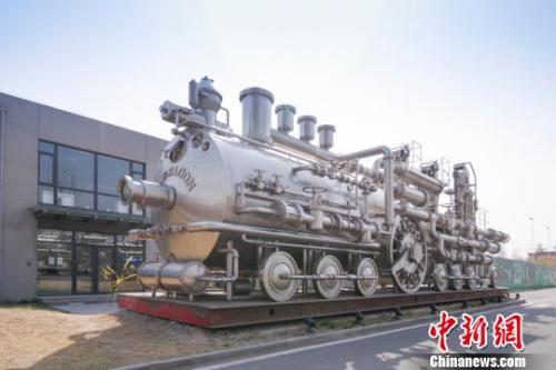 优势服务业促进北京经济增长(资料图)。 贾天勇 摄