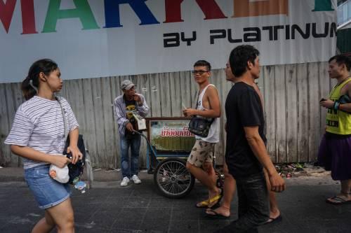 图为泰国首都曼谷街头。新华社/法新