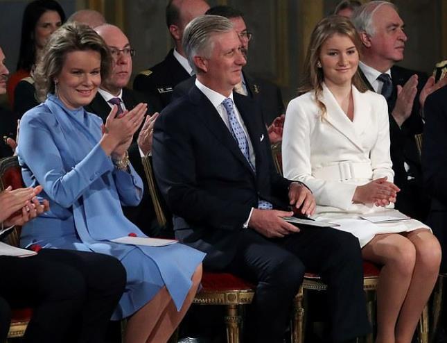 【蜗牛棋牌】比利时公主满18岁迎隆重仪式 将成该国首位女王