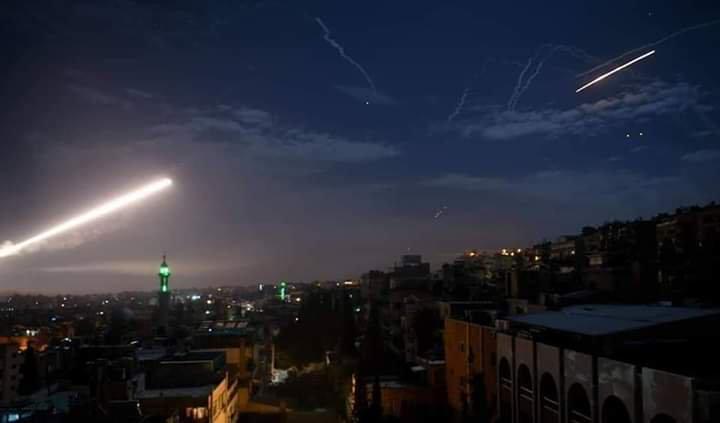 以色列大规模空袭大马士革 报复叙火箭弹袭击(图)_意大利新闻_首页 - 意大利中文网